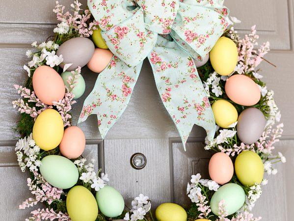Easter Egg Wreath DIY – Moss, Flowers and Eggs